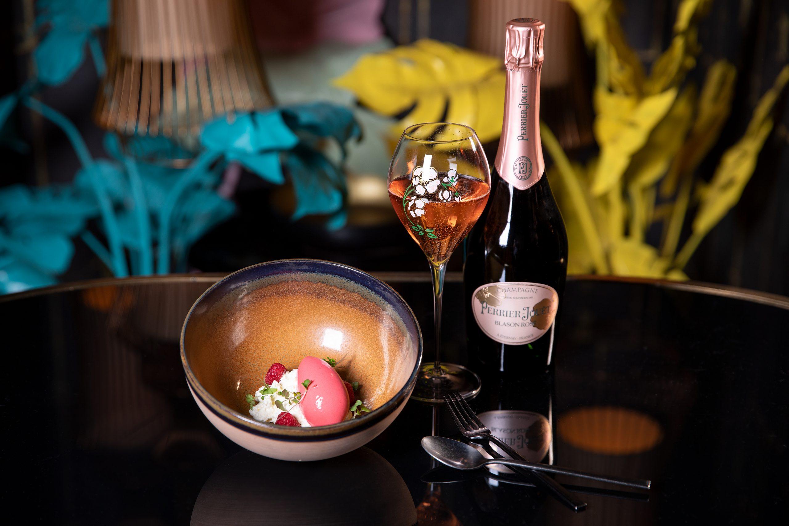 Prickelnder Brunch mit Perrier-Jouët Champagner